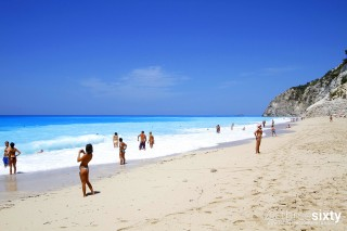 egkremnoi-beach